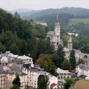 Púť LURDY po stopách sv. Bernadetty (160. výročie zjavenia), Francúzsko